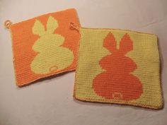 Topflappen - Hasi 2farbig von Hand gestrickt in Double-Face-Technik aus 100% Baumwolle von unicata auf Etsy