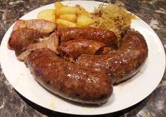 Hurka készítése recept foto Homemade Perogies, Homemade Sausage Recipes, Hungarian Recipes, Food Journal, Polish Recipes, Bacon, Healthy Living, Yummy Food, Favorite Recipes