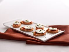 Bruschetta Margherita #appetizers http://www.yummly.com/recipe/Bruschetta-margherita-303061