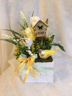 Bird Crafts, Flower Crafts, Easter Crafts, Diy And Crafts, Easter Flower Arrangements, Floral Arrangements, Birthday Centerpieces, Easter Holidays, Easter Wreaths