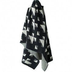 Bacabuche: cotton crib blanket (black and white)