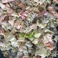 Tésztasaláta kínai kel salátával Cabbage, Vegetables, Food, Essen, Cabbages, Vegetable Recipes, Meals, Yemek, Brussels Sprouts