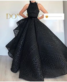 Pretty Prom Dresses, Most Beautiful Dresses, Nice Dresses, Gala Dresses, Event Dresses, Gowns Of Elegance, African Fashion Dresses, Dream Dress, Evening Gowns