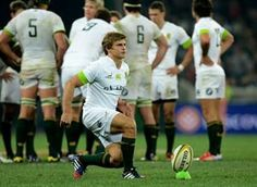 Pat Lambie lines up a kick World Rugby, Rugby Players, Lineup, Scotland, Kicks, Running, Sports, Club, Awesome