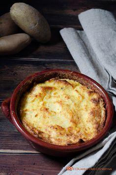 Strudel, Mozzarella, Prosciutto Cotto, Friend Recipe, Romanian Food, Recipe Boards, Cornbread, Food Art, Good Food