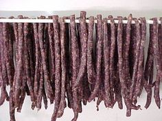 A South African dried sausage. Dried Sausage Recipe, Homemade Sausage Recipes, Venison Recipes, Meat Recipes, Mexican Food Recipes, Cooking Recipes, Cooking 101, South African Dishes, West African Food