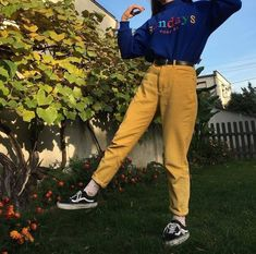 60 Super Ideas For How To Style Converse Vans Mode Outfits, Retro Outfits, Grunge Outfits, Vintage Outfits, Vintage Fashion, Mode Old School, Moda Ulzzang, 90s Fashion, Fashion Outfits