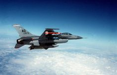 Shot of an Fighting Falcon aircraft armed with an Sidewinder missile in flight - PICRYL Public Domain Image F 16, Military Service, Us Army, Public Domain, Military Aircraft, Air Force, Fighter Jets, Aviation, Shots