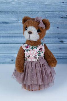 Artist collectible Teddy bear Isabella OOAK