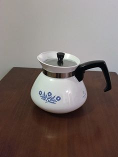A personal favourite from my Etsy shop https://www.etsy.com/au/listing/480976087/vintage-1970s-corning-ware-blue