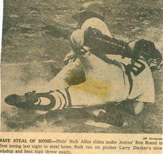 Dick Allen steals ho