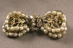1950's Miriam Haskell Mini Goldtone Filigree Rhinestone & Seed Pearls Bow Brooch