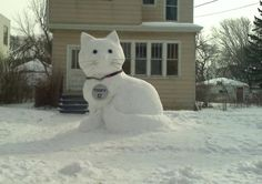 Cat Snow Sculpture  OK - well it's unlikely to happen in Australia for Xmas but it is beautiful :)