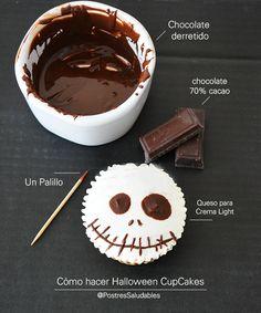 Postres Saludables | Halloween Saludable: Jack Skellington cupcakes | http://www.postressaludables.com