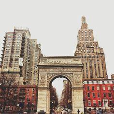 Washington Sq. Park, NYC || by Amy Elise Farrell @manhattanbungalow