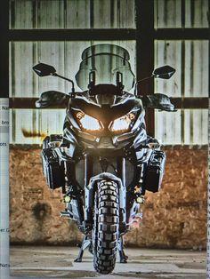 Resultado de imagen para Versys 650 DIY Cockpit or GPS Panel Trail Motorcycle, Versys 650, Touring Bike, Bmw Motorcycles, Sportbikes, Riding Gear, Bike Design, Bike Life, Cool Bikes