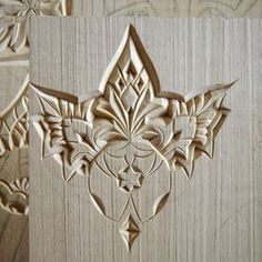 """""""The Sun of the USA"""" 💛 . {carved in basswood} . Chip Carving, Wood Carving Art, Wood Sculpture, Sculptures, Door Design, Projects To Try, Chips, Woodworking, Ceramics"""