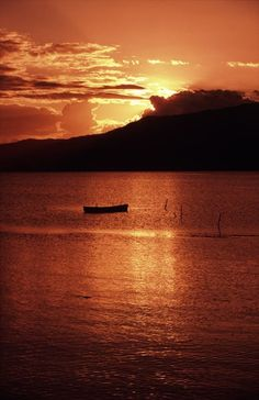 Dawn over Cairns Australia  http://philipselwood.com/travel-photos/