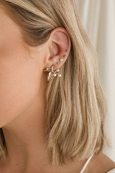 Circle Earrings, Leaf Earrings, Crystal Earrings, Gold Earrings, Beaded Earrings, Ear Jewelry, Cute Jewelry, Jewelry Accessories, Women Jewelry