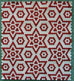 Dwarf Star by Christine Singleton. Miniature hexagon quilt. 2015 New Zealand Quilt Symposium. Photo by Don't Wait To Create.