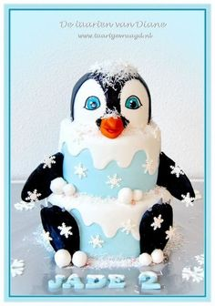 Happy Feet lost in a cake!