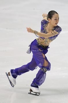 Mao Asada, .DECEMBER 24, 2011 - Figure Skating : All Japan Figure Skating Championship 2011, Women's Single Short Program at Namihaya Dome, Osaka, Japan. (Photo by Akihiro Sugimoto/AFLO SPORT) [1080]