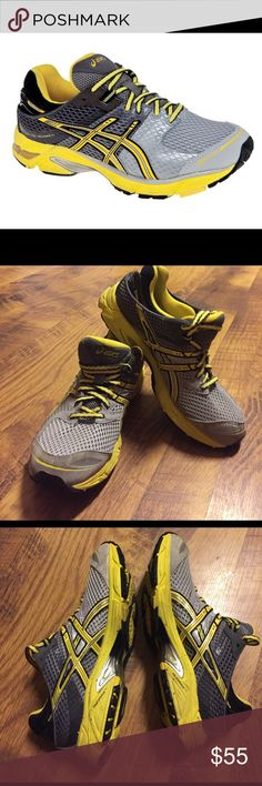 GEL-DS Trainer 17 ASICS Women's Size 7. Running Shoe. Excellent condition as all photos show. No holes and tread on bottom still plenty of use in these. Asics Shoes Athletic Shoes