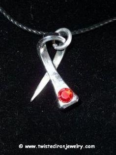 Horseshoe Art Ideas | ... Ribbon Horseshoe Nail Necklace | Blacksmithing & Horseshoe Art