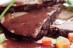 Brasato al vino - scopri la ricetta su http://www.worldwildwine.it/pag.asp?48_Brasato-al-vino
