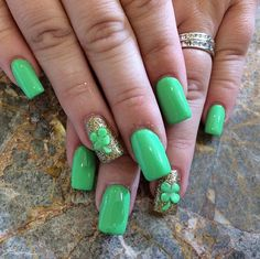 Minty Shamrock Manicure and more St. Patrick's Day Nail Art Ideas