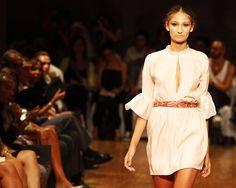 © Instantánea y Tomaprimera. Desfile de moda