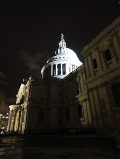 St Paul's Cathedral's dome, design of Sir Christopher Wren - London