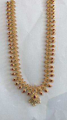 Gold Jewelry Simple, Gold Wedding Jewelry, Bridal Jewelry, Gold Earrings Designs, Gold Haram Designs, Necklace Designs, Gold Chain Design, Gold Jewellery Design, Guttapusalu Haram