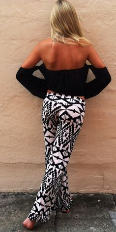 Black arrow Head Pants by Boca Leche