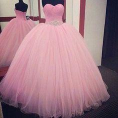 """""""YAY OR NAY? 💞 #Dress"""""""