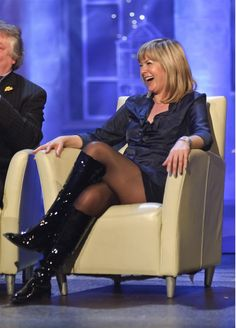 Penny Smith Photograph 7 x 5 Penny Smith, Female News Anchors, Gal Gabot, Tv Girls, Skirts With Boots, Black Pantyhose, Lovely Legs, Tv Presenters, Celebs