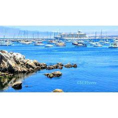 Monterey Bay. Monterey, California  #Monterey #Montereybay #california #carmelbythesea #pacificgrove #mosslanding #santacruz #hwy1 #californiacoastline #californiacoast #cruiseship #oceangraphyphotography #pacific #ocean #pacificocean #boats #getonaboat #californiadreaming #pebblebeach #adventure #adventurelife #travel #weekendgetaway #photogtaphy #photograperslife #landscape #landscapephotography #montereybaylocals - posted by Rhorer M https://www.instagram.com/rhorer_m_photographer - See…
