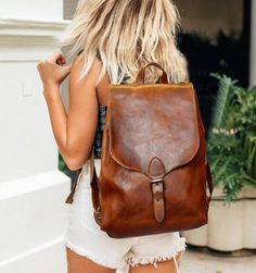 Leather Backpack Women Leather Backpack Purse Minimalist Leather Backpack Brown Leather Backpack Leather Rucksack Sac à dos Leather Backpack For Men, Leather Backpacks, Leather Bags, Brown Leather Purses, Leather Handbags, Leather Jacket, Minimalist Bag, Small Backpack, Travel Backpack