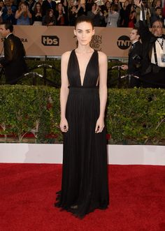 #RooneyMara in #Valentino's #black long #gown
