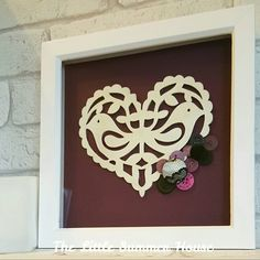 Folk heart picture, £18 handmade by The Little Summer House www.thelittlesummerhouse.etsy.com #CRAFTfest gifts for her, love heart frame, shabby chic picture