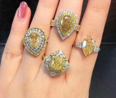 @super.artisan. Stunning Diamonds Ring. Canary Yellow Diamonds, Canary Diamond, Yellow Diamond Rings, Diamond Jewelry, Gemstone Jewelry, Diamond Earrings, Silver Jewelry, Love Ring, Dream Ring