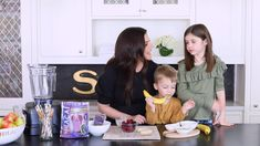 Today, Tiffani Thiessen is sharing her second recipe of our 4-part series, making a protein-packed Coconut Berry Açaí Power Smoothie recipe, using our Performance Protein Superfruit Packs. This one is perfect to keep parents and kids full during the most hectic days! 🥥🦖🍓#FuelOnWithSambazon Acai Recipes, Smoothie Recipes, Tiffani Thiessen, Power Smoothie, Fruits For Kids, Crunchy Granola, Acai Berry, Protein Pack