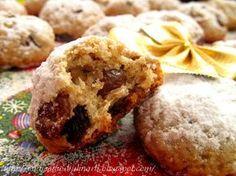 """""""Штолленки"""" - это вкуснейшие печеньки, с потрясающим пряным ароматом, легким ореховым привкусом, изюмом и цукатами. Это печенье отдален..."""
