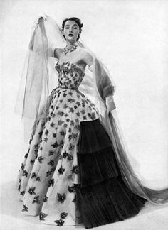 Ciao Bellissima - Vintage Glam; Model Sophie Malgat wearing Jaques Fath, 1951