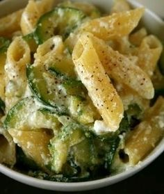 Zucchini and Ricotta w / Penne Pasta - (Free Recipe Below) - Recipes . - Zucchini and Ricotta w / Penne Pasta – (free recipe below) – Recipes – - Gourmet Recipes, Vegetarian Recipes, Dinner Recipes, Cooking Recipes, Healthy Recipes, Cookbook Recipes, Cooking Bacon, Cooking Games, Cooking Oil