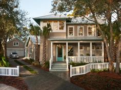 """The same color of cedar shakes and a turquoise front door - just like us! I feel extra good knowing that we were """"on trend"""" two years before HGTV!) House of Turquoise: HGTV Smart Home 2013 Exterior Colors, Exterior Design, Exterior Paint, Diy Exterior, Craftsman Exterior, Craftsman Kitchen, Craftsman Bungalows, House Of Turquoise, Loft"""