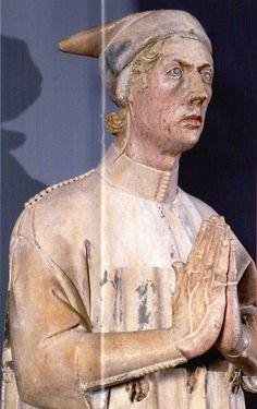 Enrico Scrovegni, died 1336, detail, ca. 1305  (Giovanni Pisano) (1248-1315) Capella degli Scrovegni, Padova   photo by http://italiashio.exblog.jp/i41/