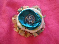 Brooch Textiles, Brooch, Desserts, Jewelry, Food, Accessories, Tailgate Desserts, Deserts, Jewlery