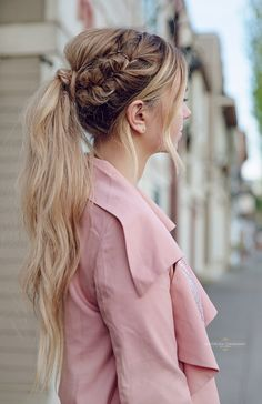 Fishtail Braid into a Messy Pony-tail | @anzh photography
