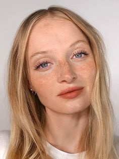 wedding makeup freckles Sheer Matte Lipstick: Generation G Beauty Care, Beauty Makeup, Beauty Hacks, Hair Beauty, Beauty Skin, Beauty Secrets, Natural Beauty Tips, Natural Makeup, Makeup Looks